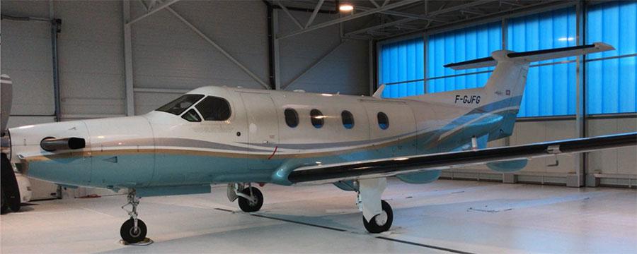 Pilatus PC 12 vor der Flugzeugaufbereitung