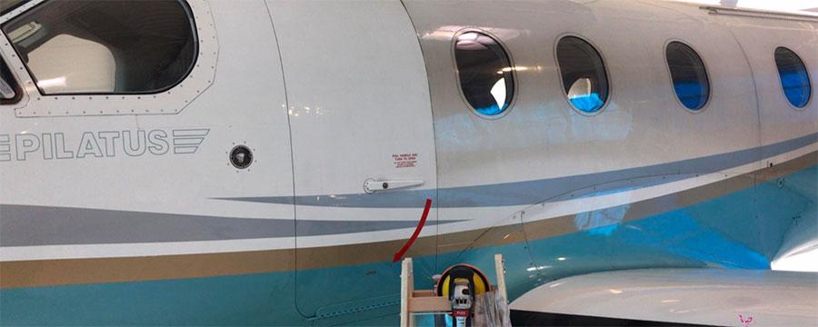 Pilatus PC 12 nach dem ersten Politurdurchgang